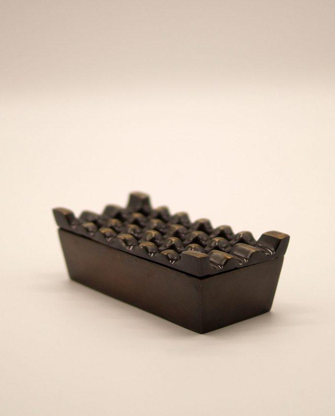 Τασάκι μεταλλικό αλουμίνιο καφέ αντικ με 3 x 6 τρύπες