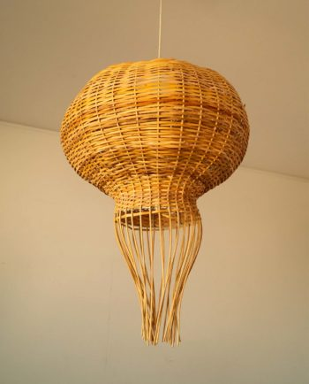 Lamp hanging rattan medusa