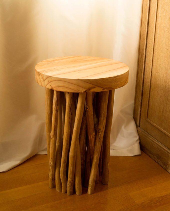 Σκαμπώ ξύλινο με κλαριά ύψος 50 cm