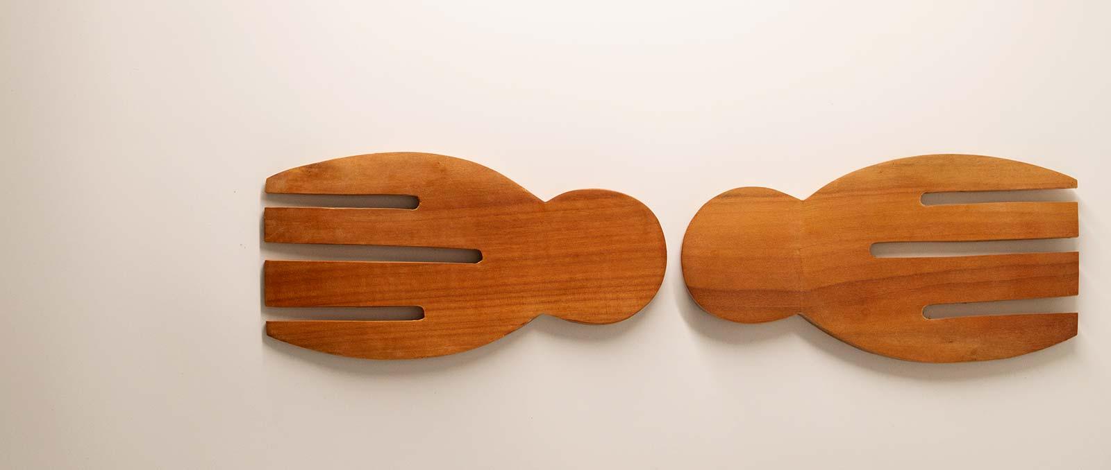 wooden-salad-serving-set