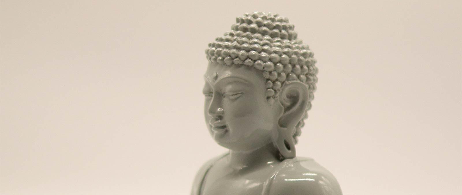 buddha-resin-sitting-gray-sideways-height-20cm
