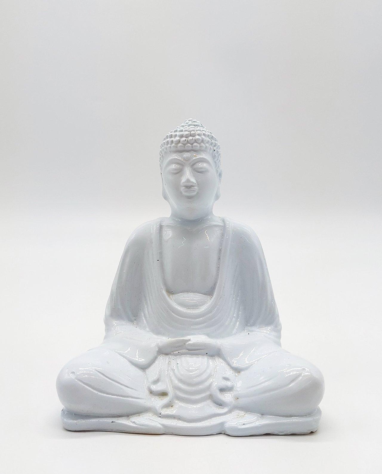Buddha Resin Height 15 cm white