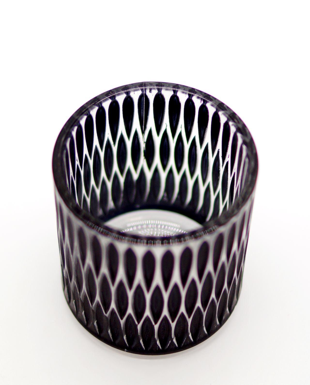 Votive of tealight black glass with pattern