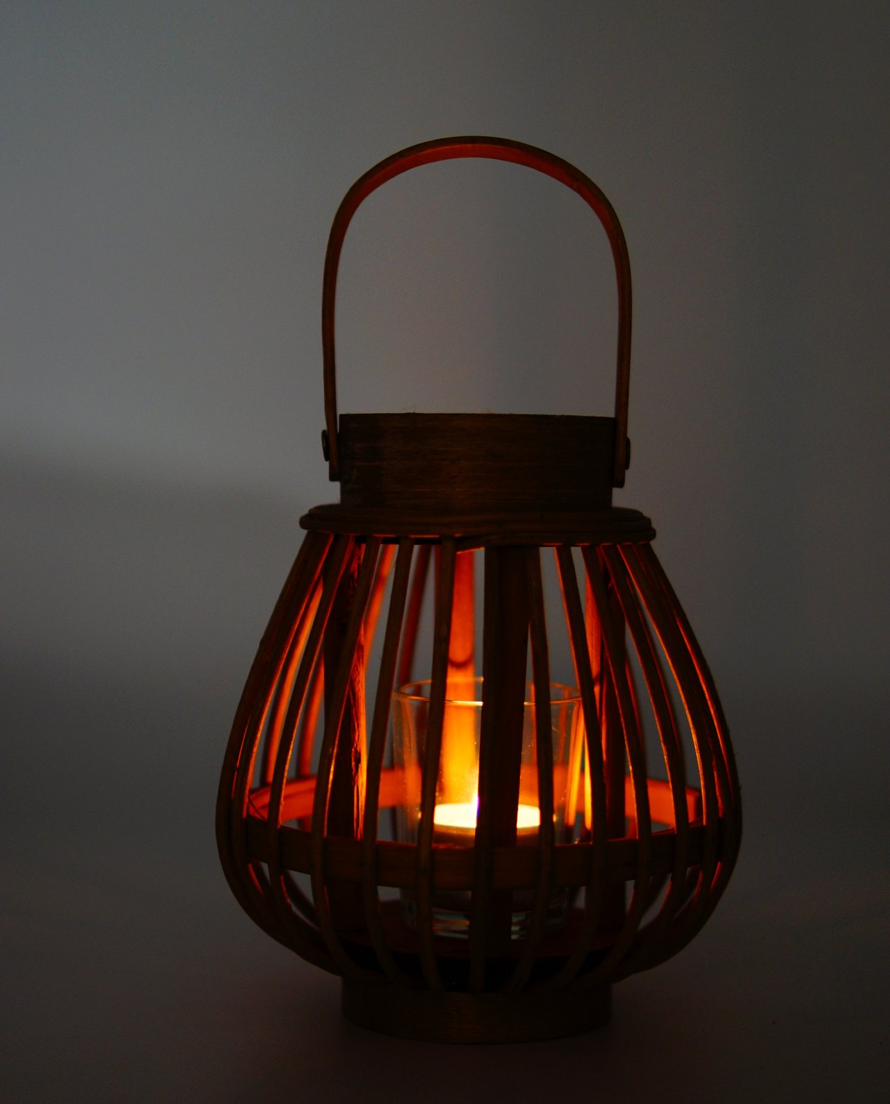 Φανάρι από καφέ μπαμπού με γυαλί ρεσώ Ύψους 17 cm αναμενο