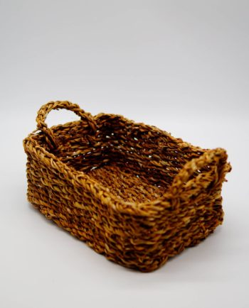 Rectangle basket made of seagrass, Dimension: height 11 cm, 27 cm x 20 cm