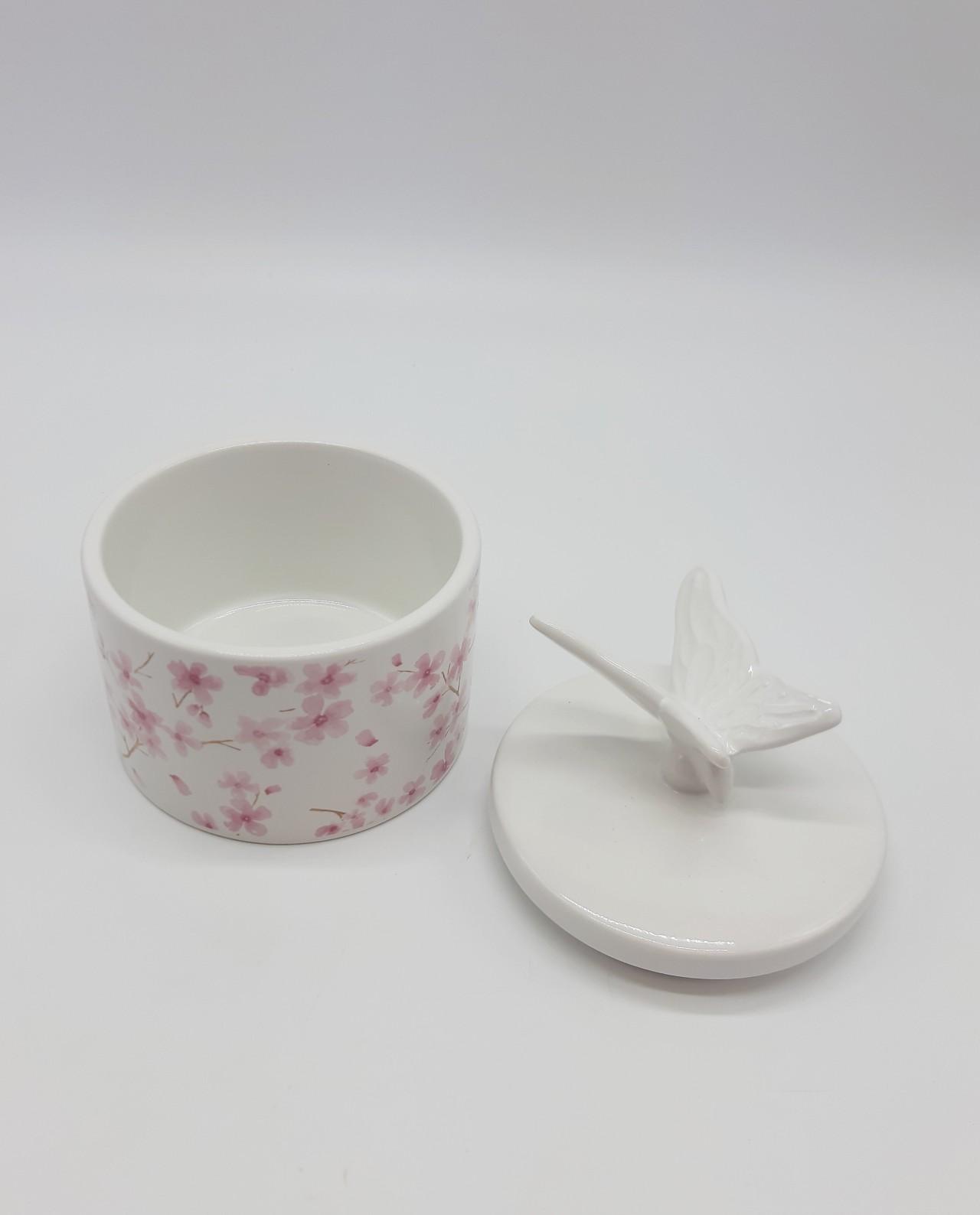 Πορσελάνινη θήκη κοσμημάτων με καπάκι με πουλί. Διαστάσεις: ύψος 13 cm, διάμετρος 11 cm